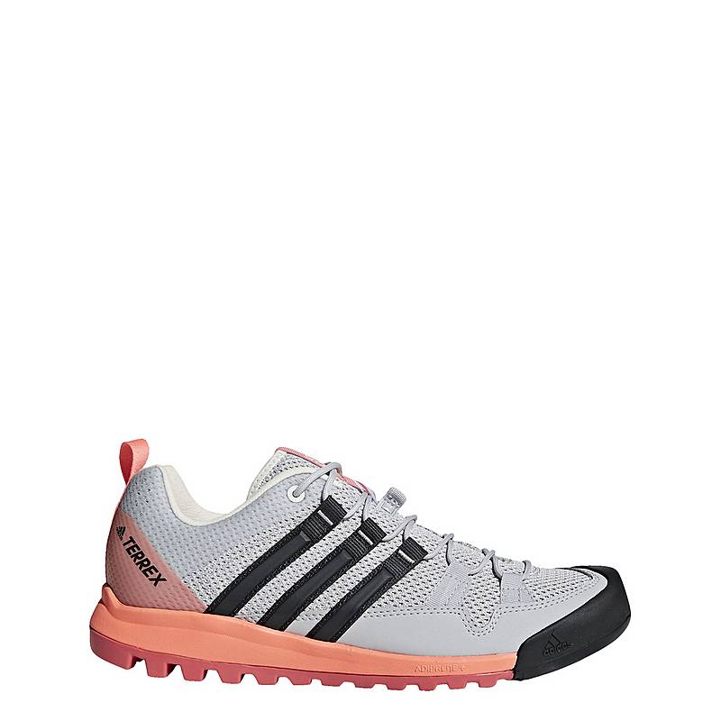 hot sale online 8f436 e7d6e adidasSolo BootsschuheDamen Grey Two Carbon Chalk Coral