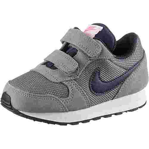 Nike MD Runner Sneaker Kinder gunsmoke-obsidian-hotpunch-vastgrey