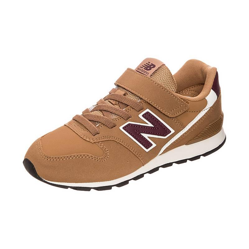 sports shoes 82b60 bd668 Nike Sportswear Bonded Carbon HeatherSchwarzSchwarz Short Sleeve Top, Nike  Blazer DMB Bright HochroteBright HochroteSchwarzBright Hochrote Schuhe,Nike  ...