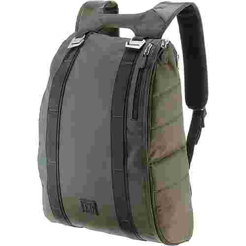 Douchebags Base 15L Daypack pine green