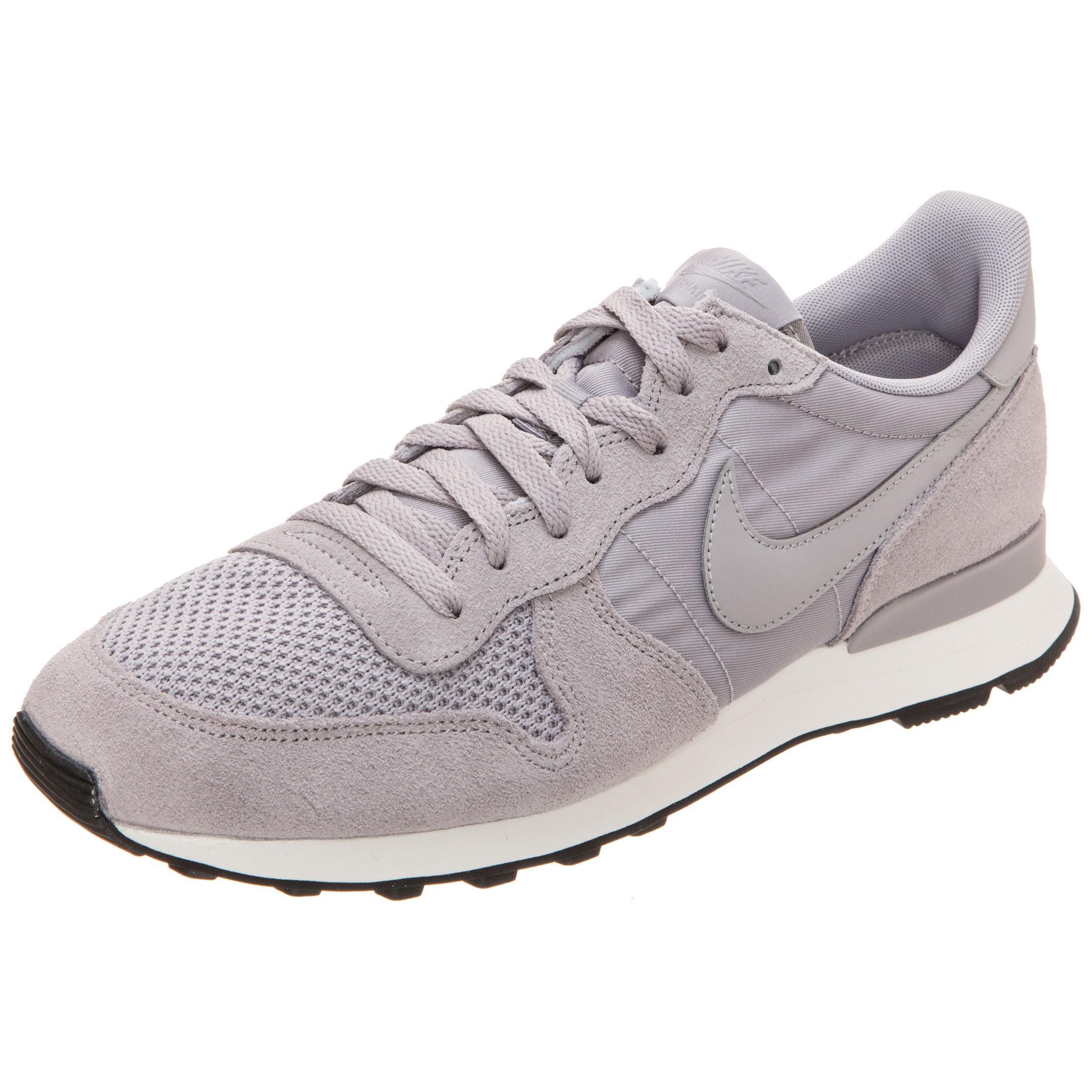 Nike Internationalist SE Sneaker Herren grau / beige im Online Shop von SportScheck kaufen
