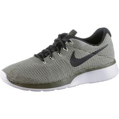 Nike Tanjun Racer Sneaker Herren fusion green