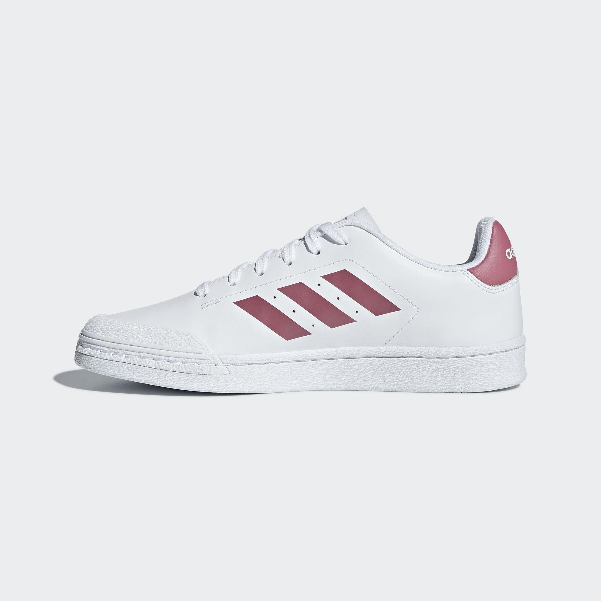 uk availability 50057 c2ac9 Adidas Court 70s Sneaker Damen Ftwr White  Trace Maroon  Cloud White im  Online Shop von SportScheck kaufen