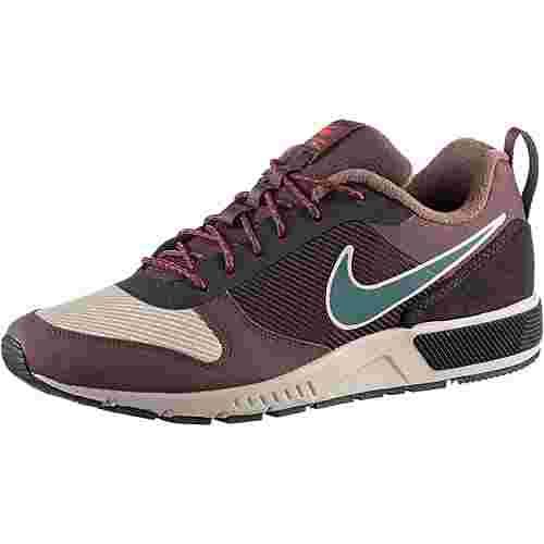 Nike Nightgazer Trail Sneaker Herren string-faded spruce-mahagony mink
