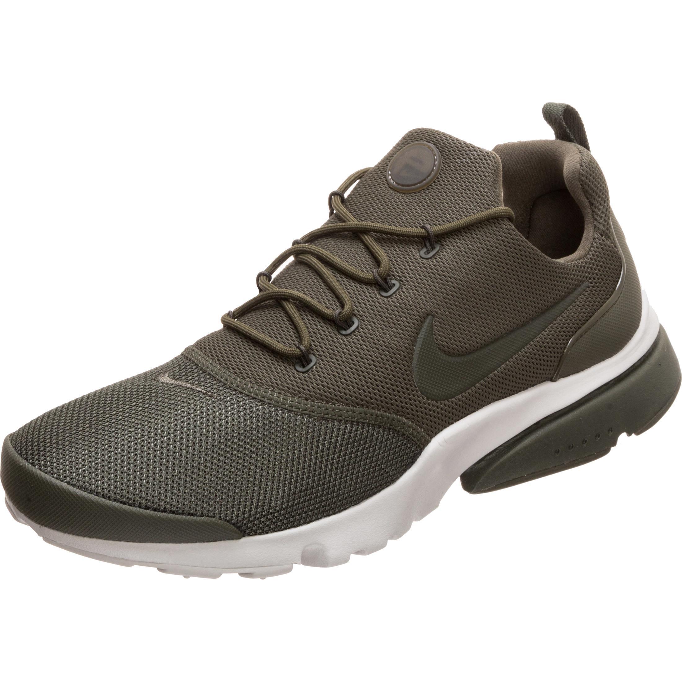 Nike Air Presto Fly Sneaker Herren grün / weiß im Online Shop von ...