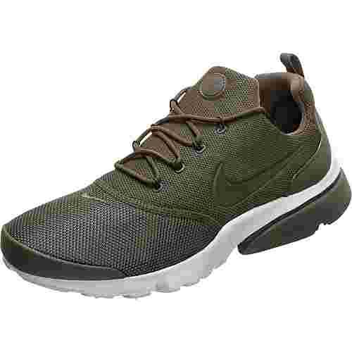 Nike Air Presto Fly Sneaker Herren grün / weiß im Online Shop von  SportScheck kaufen