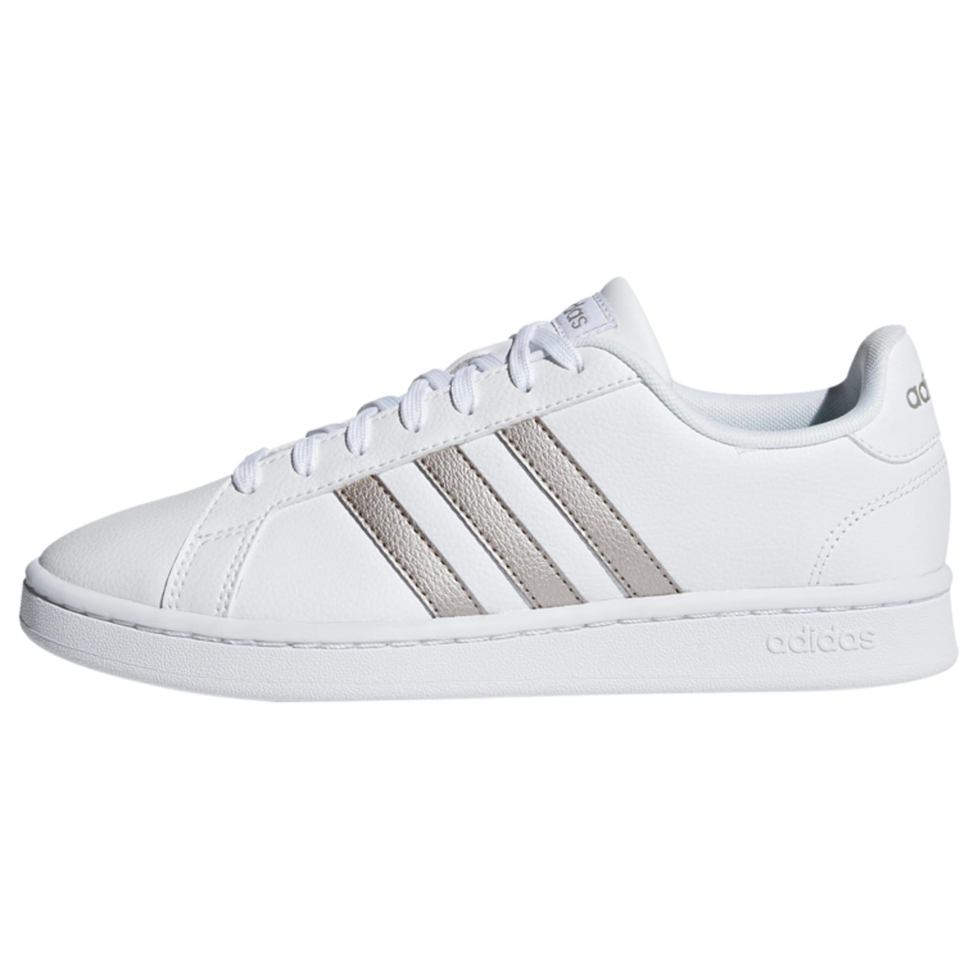adidas Grand Court Schuh Sneaker Damen Cloud White Platin Met. Cloud White im Online Shop von SportScheck kaufen