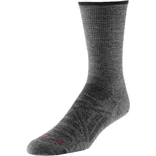 Smartwool PhD Outdoor Ultra Light Crew Wandersocken Herren medium gray