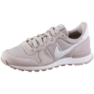 Nike Internationalist Sneaker Damen violet ash-white