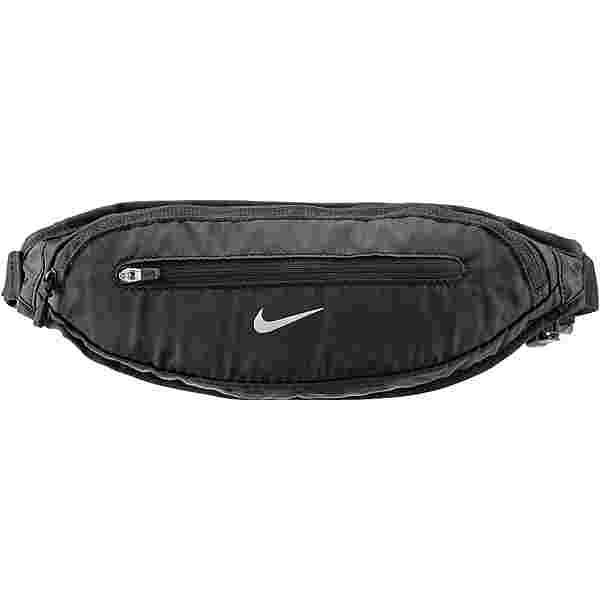 Nike Capacity 2.0 Large Bauchtasche black-black-silver