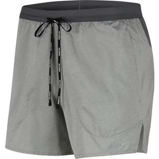 Nike Flex Stride 5IN Funktionsshorts Herren iron grey-reflection silver