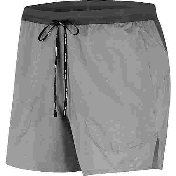 Nike Flex Stride 5IN Funktionsshorts Herren iron grey-reflection silver