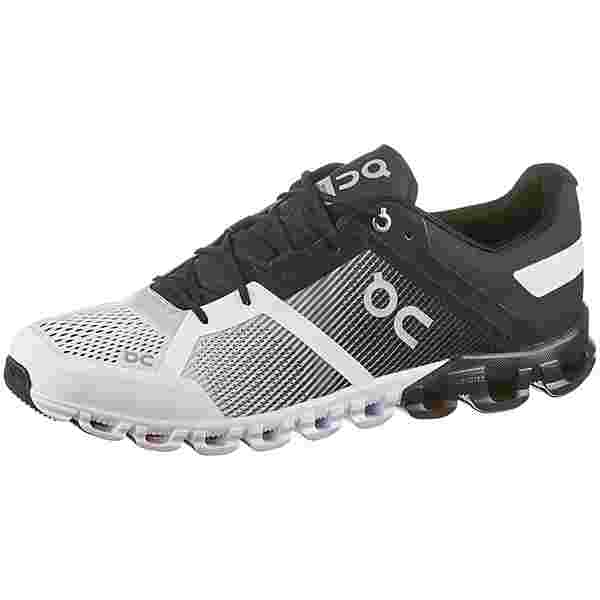 ON Cloudflow Laufschuhe Herren black-white