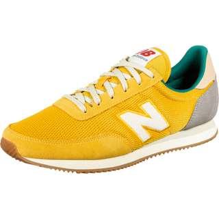 NEW BALANCE 720 Sneaker Herren yellow