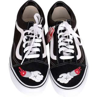 Vans Old Skool 'KAWS' Sneaker schwarz