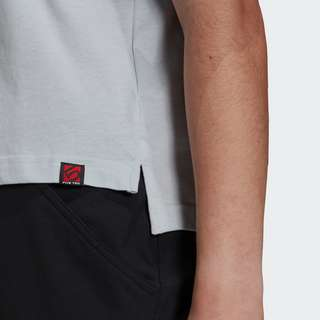 adidas Five Ten Cropped Graphic T-Shirt Funktionsshirt Damen Blau