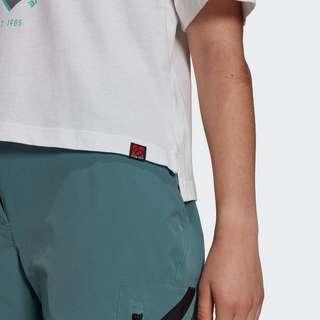 adidas Five Ten Cropped Graphic T-Shirt Funktionsshirt Damen Weiß