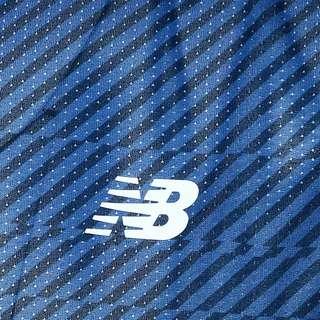 NEW BALANCE Printed Impact Laufshirt Herren blau