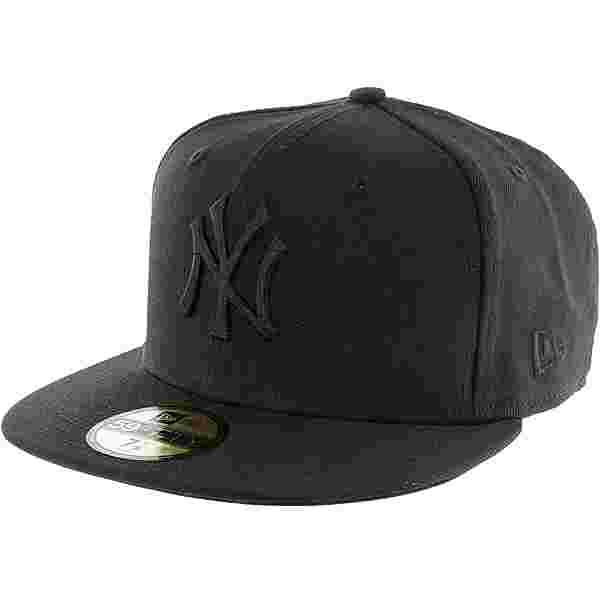 New Era 59fifty Black on Black NY Yenkees Cap black-black