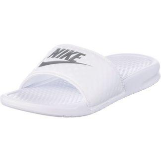 Nike Slides Benassi JDI Badelatschen Damen white-metallic silver