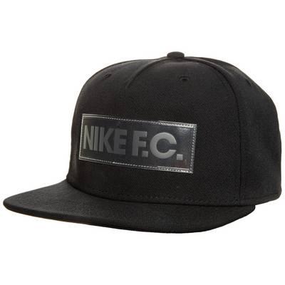 Nike F.C. True Cap schwarz / weiß