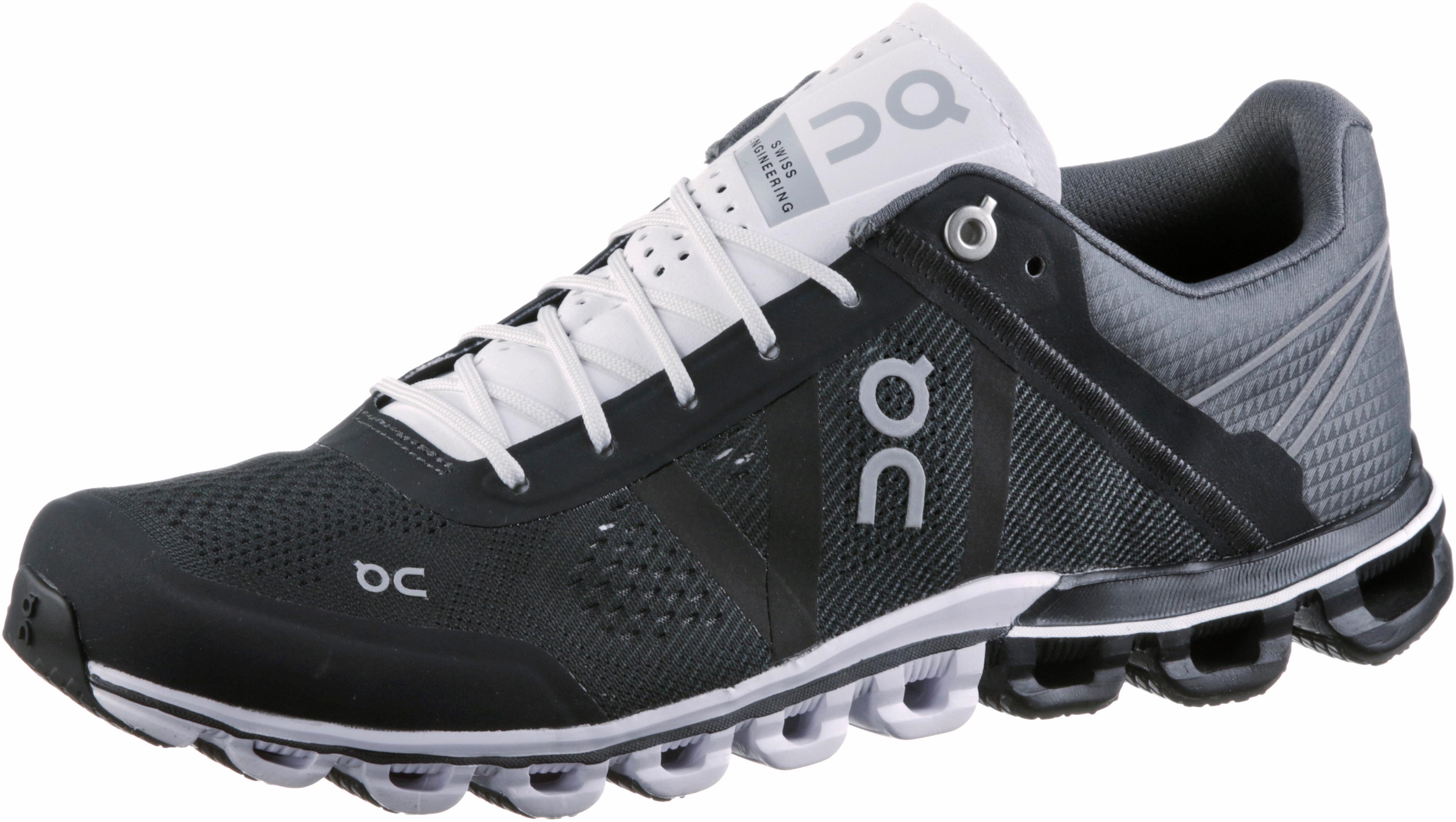 ON Cloudflow Laufschuhe Damen black white im Online Shop von SportScheck kaufen