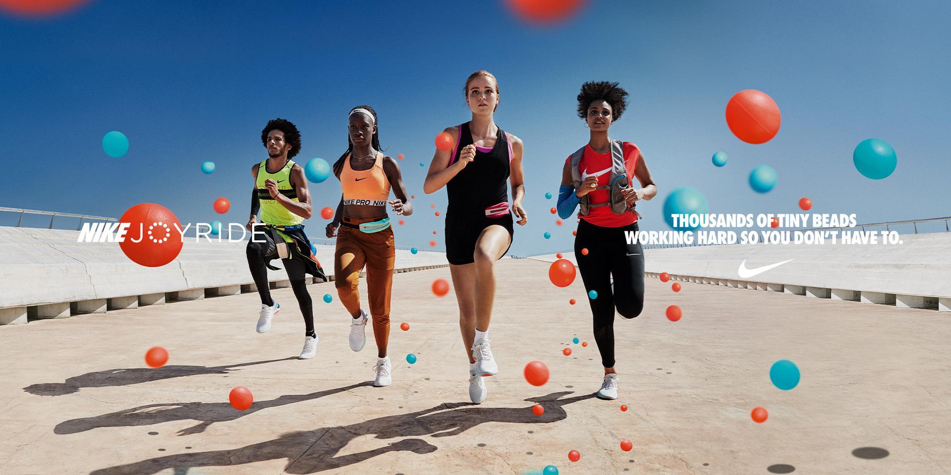 Nike Joyride Run FK Laufschuhe Damen black white im Online Shop von SportScheck kaufen