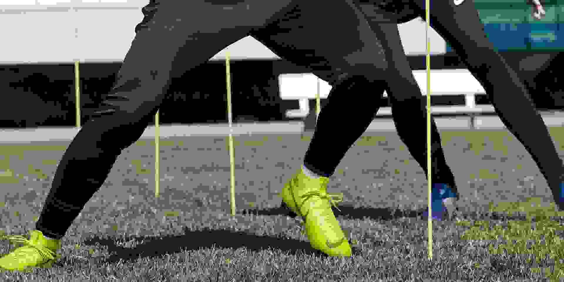 Fussballschuhe mit Firm Ground-Nockensohle (FG) im Einsatz