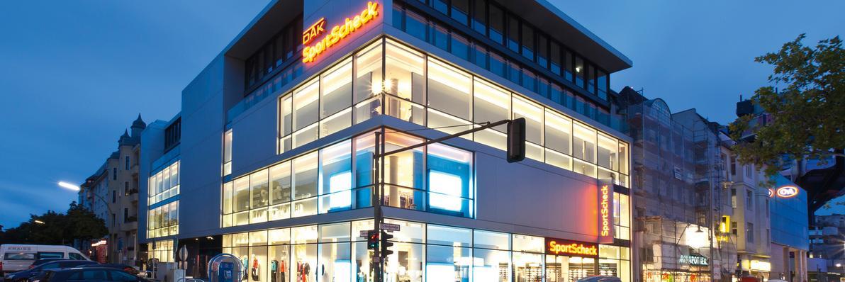 sportscheck filliale in berlin steglitz kontakt services. Black Bedroom Furniture Sets. Home Design Ideas