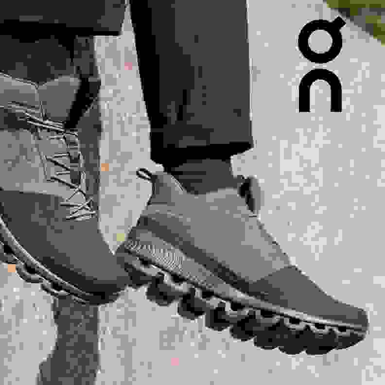 zu den On Cloud HI Schuhen