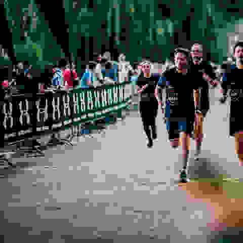 Teilnehmer des SportScheck Runs Hambrug während des Runs.
