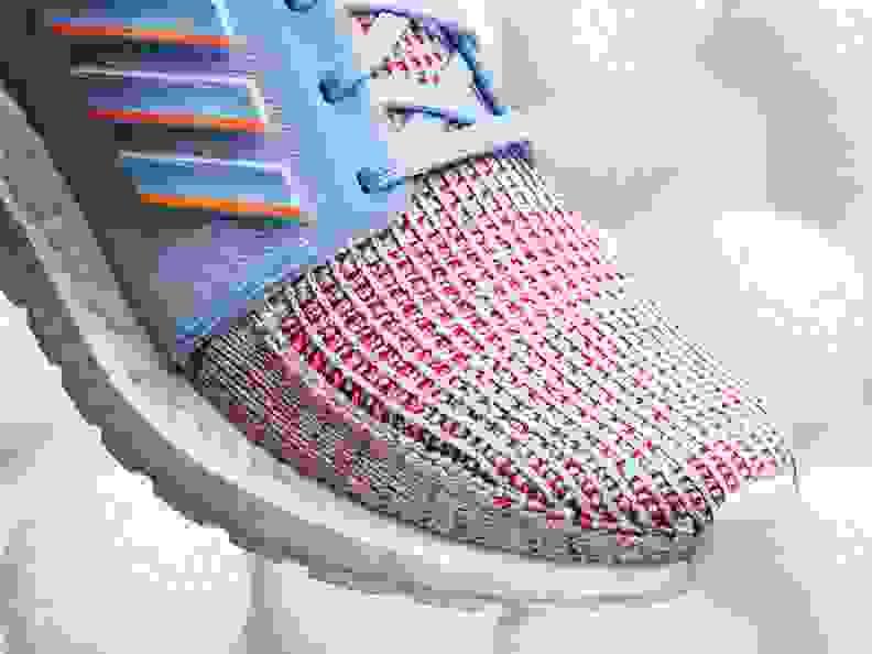 adidas Ultraboost 19 Schuh Sneaker Damen Core Black Glow Blue Hi Res Coral im Online Shop von SportScheck kaufen
