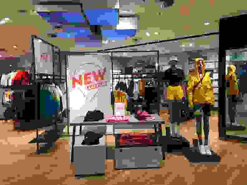 sportscheck-dresden-streetwear-damen