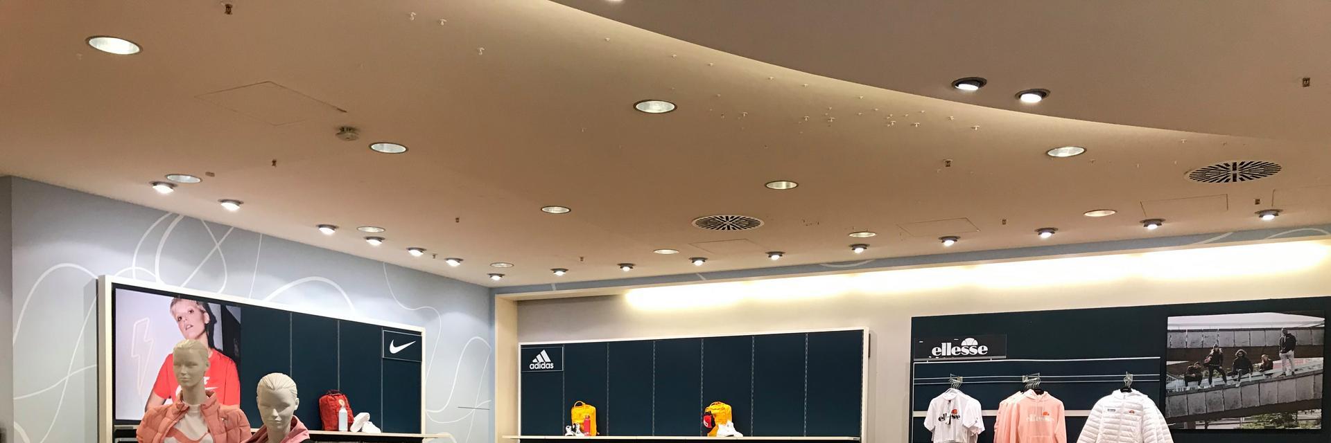 sportscheck-stuttgart-streetwear-damen